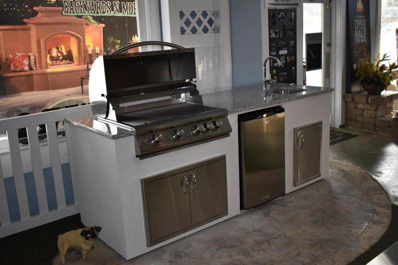 8 Foot Outdoor Kitchen